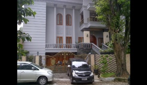 bbb Rumah Sutan Bhatoegana di Vila Duta, Kelurahan Baranangsiang, Bogor. TEMPO/Sidik Permana
